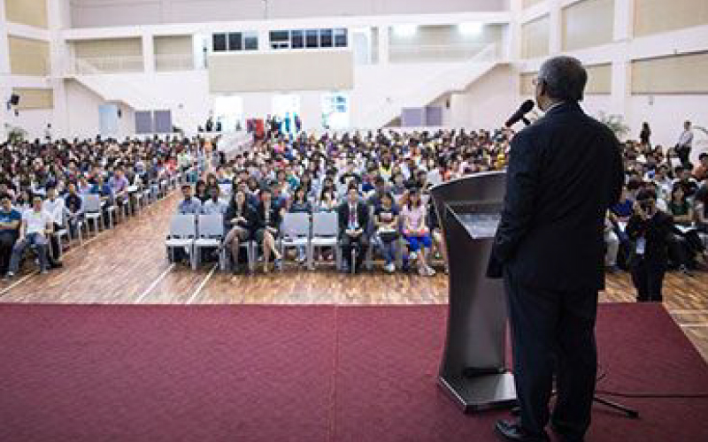 Taylor's University Vice-Chancellor welcomes new students
